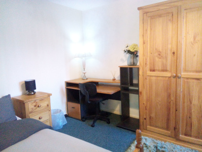 Front Cambridge CB1 Room To Rent, Self-Catering, Accommodation, Room To Let 2